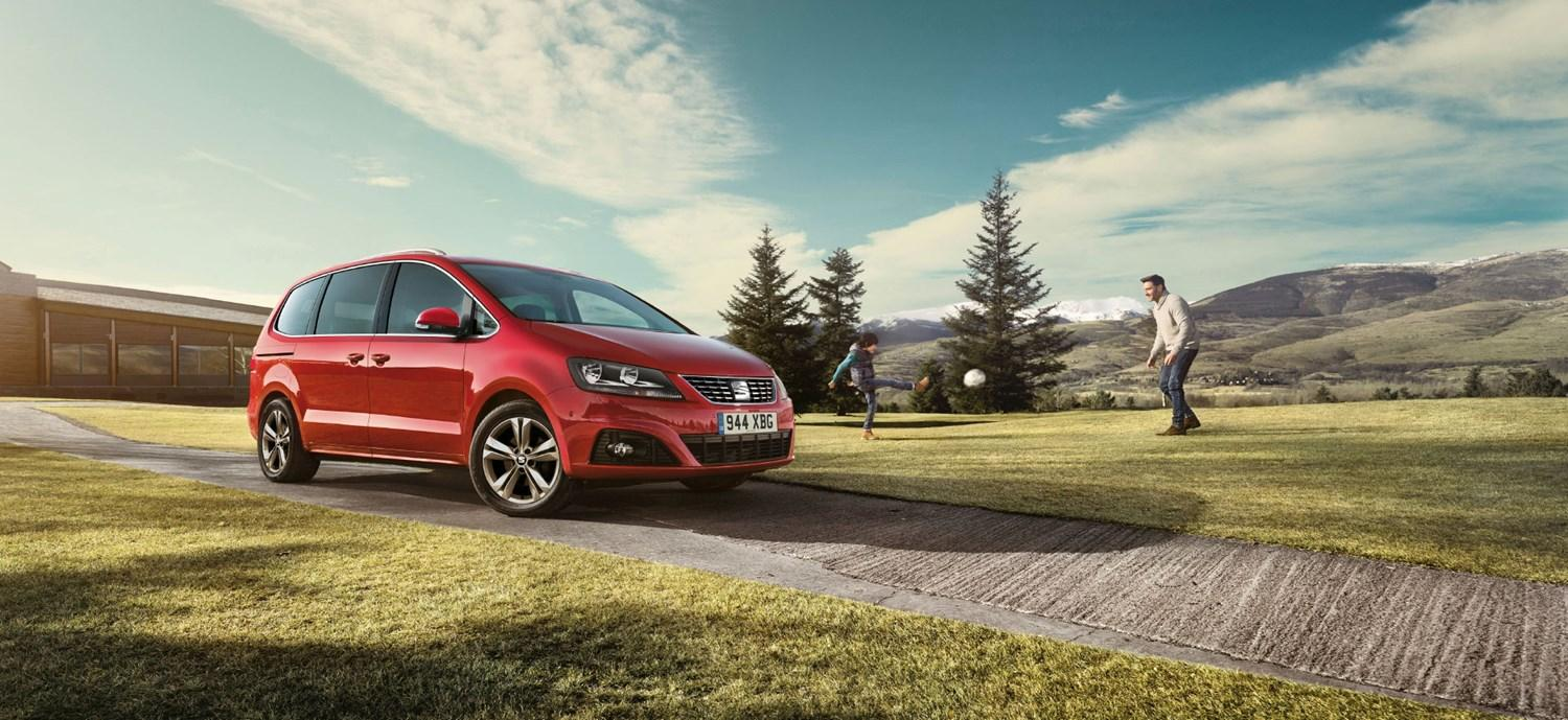 Red SEAT Alhambra