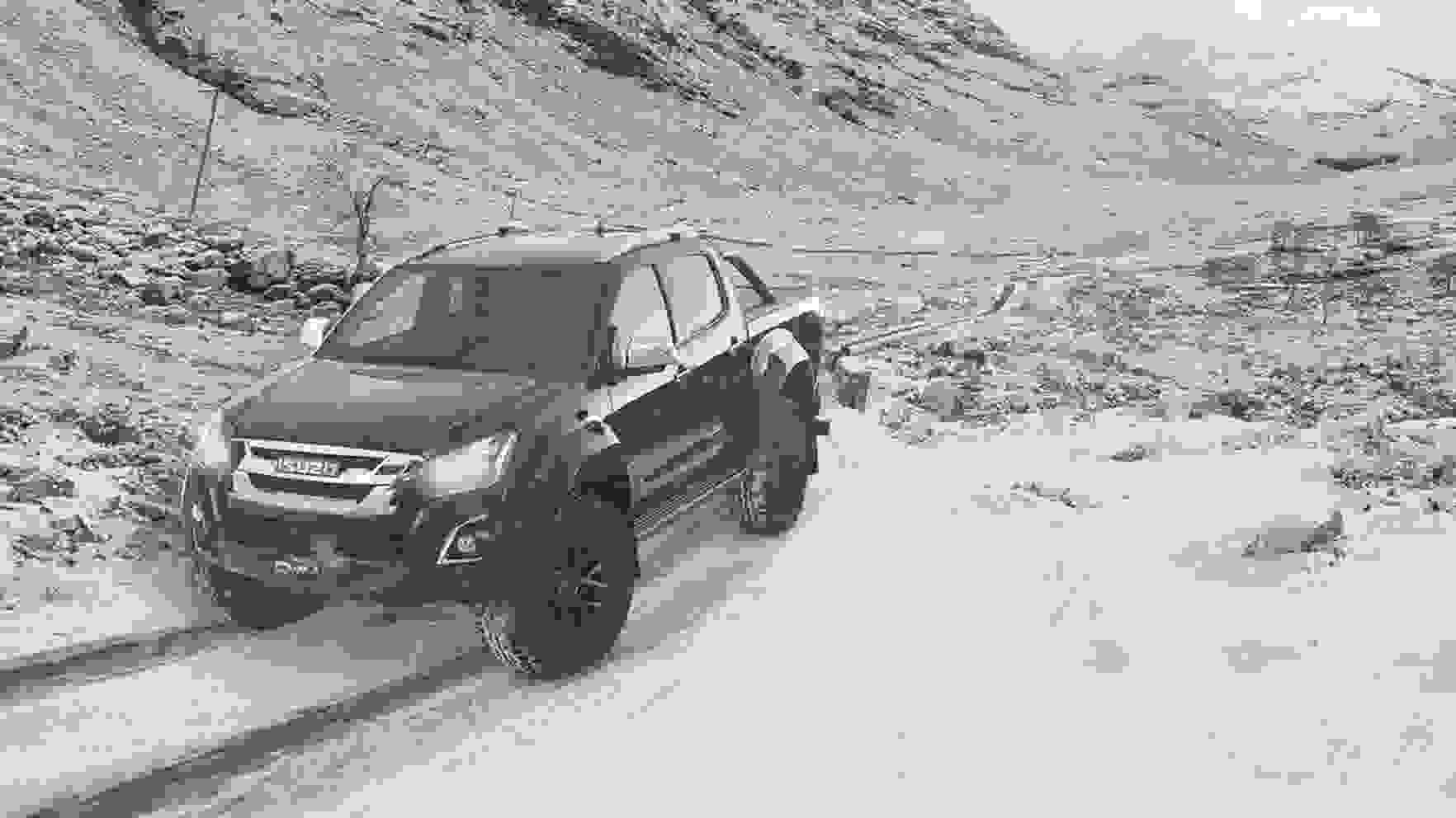 D-Max Arctic Trucks AT35