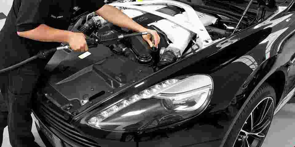 Aston Martin MOT & Routine Service