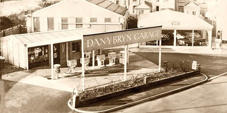 Black & white historic photo of Dan Y Bryn Garage Forecourt
