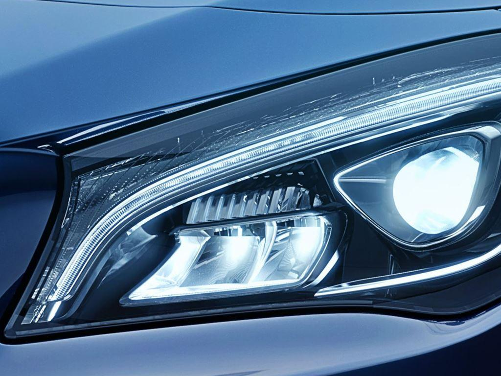 CLA Shooting Brake Headlight