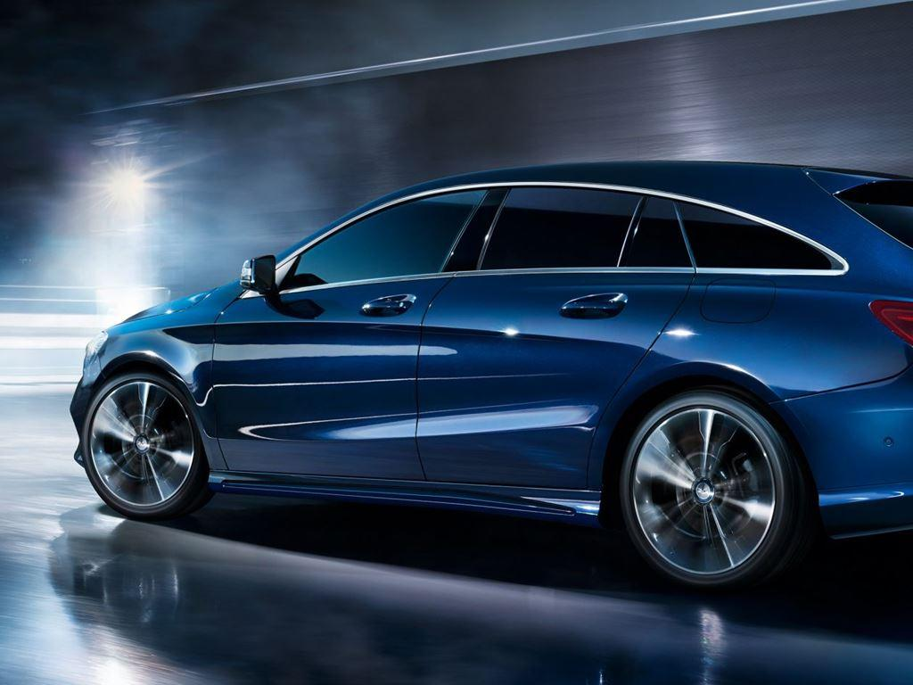 CLA Shooting Brake Side View