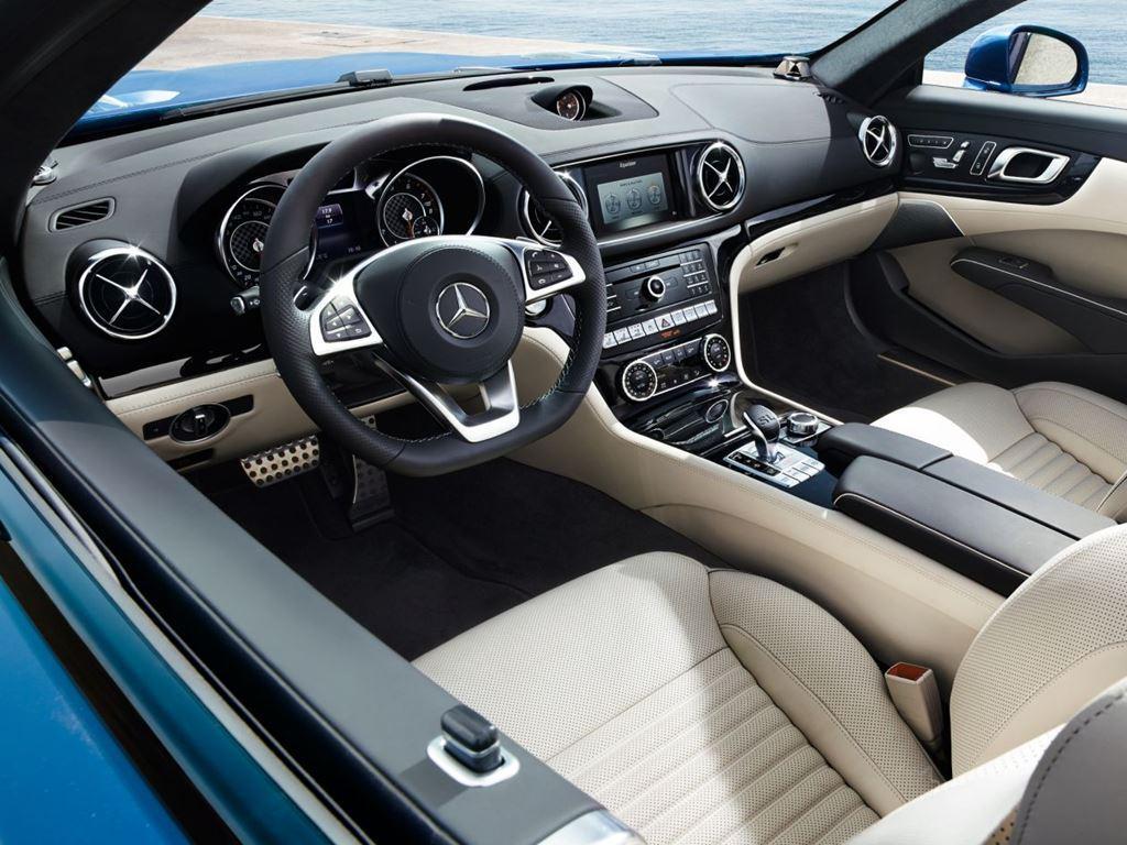 SL Roadster Interior