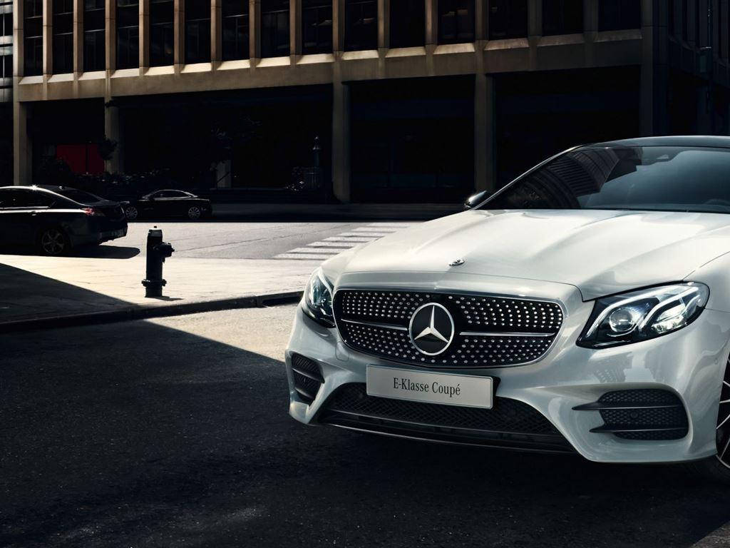 White E-Class Coupe