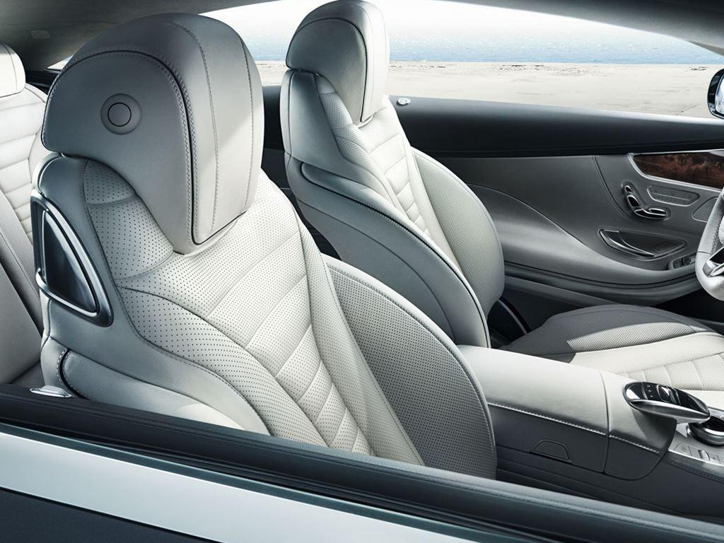 S-Class Coupe Interior in white leather