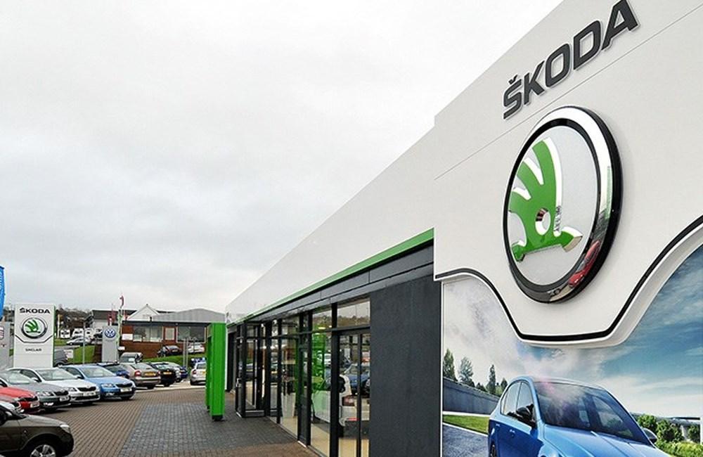 Skoda Sinclair Dealership and Forecourt