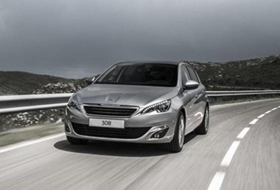 Peugeot 308 Active Premium 1.2l PureTech 110 S&S 6-speed