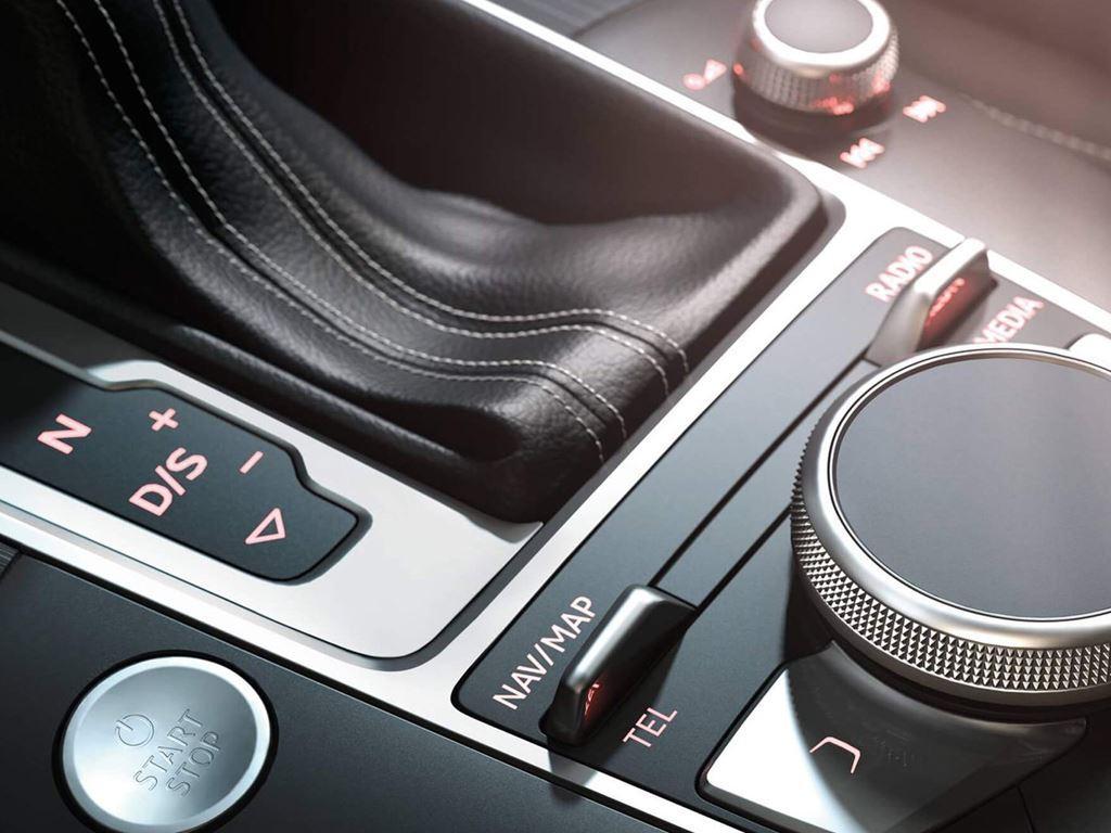 RS3 Interior Controls
