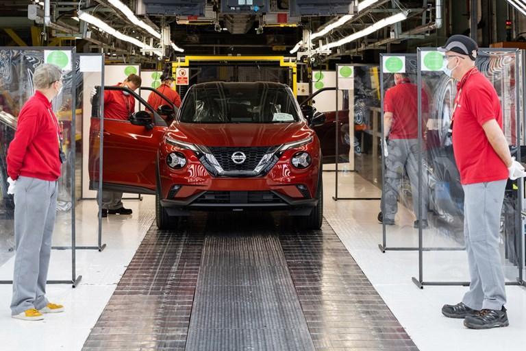 Nissan Sunderland restarts vehicle production