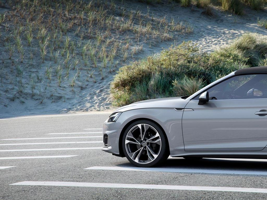 Silver A5 Cabriolet Exterior parked