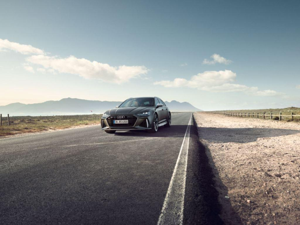 RS6 Avant on the road
