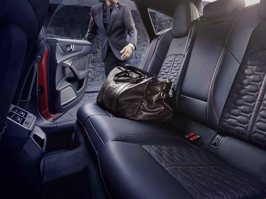 RS 7 Sportback interior with bag on seat