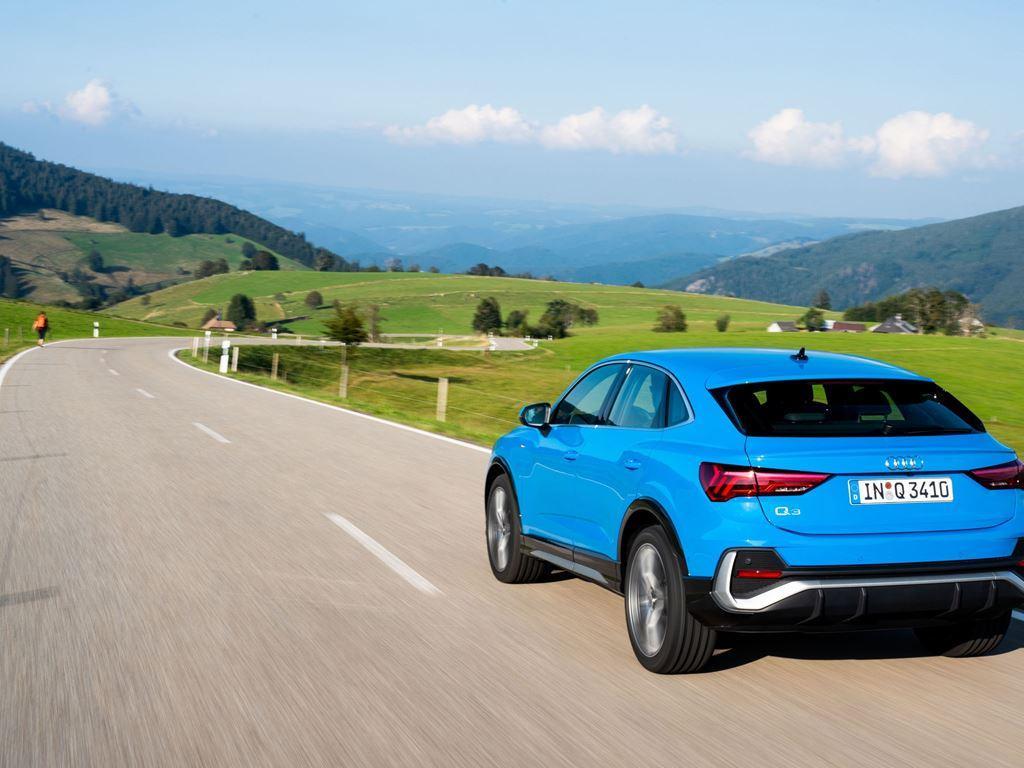 Blue Q3 Sportback driving