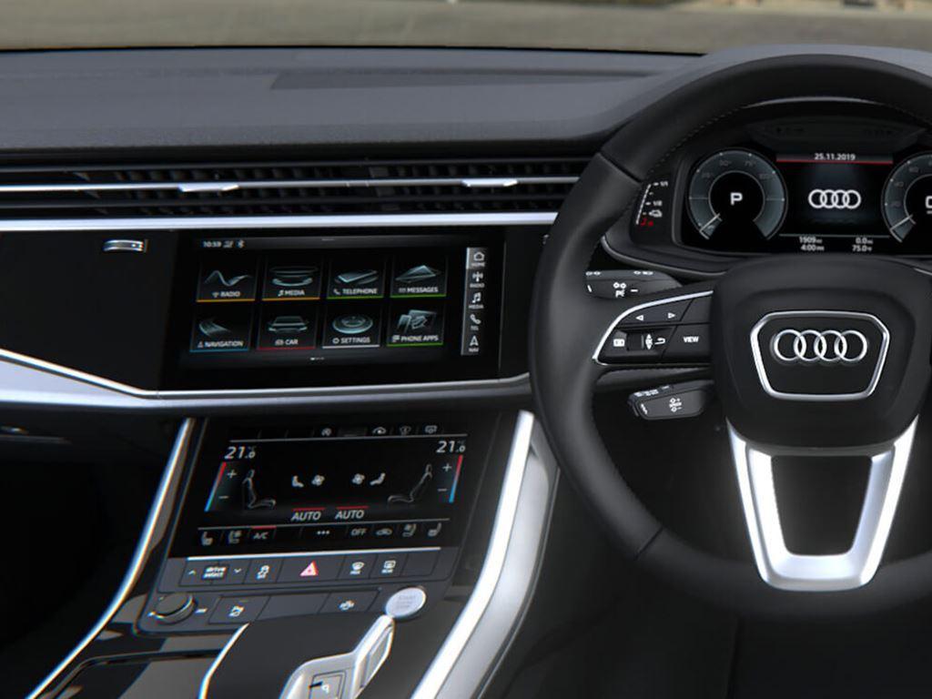 Q7 TFSI e interior steering wheel and dashboard