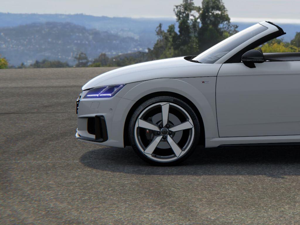 TT Roadster in white side view