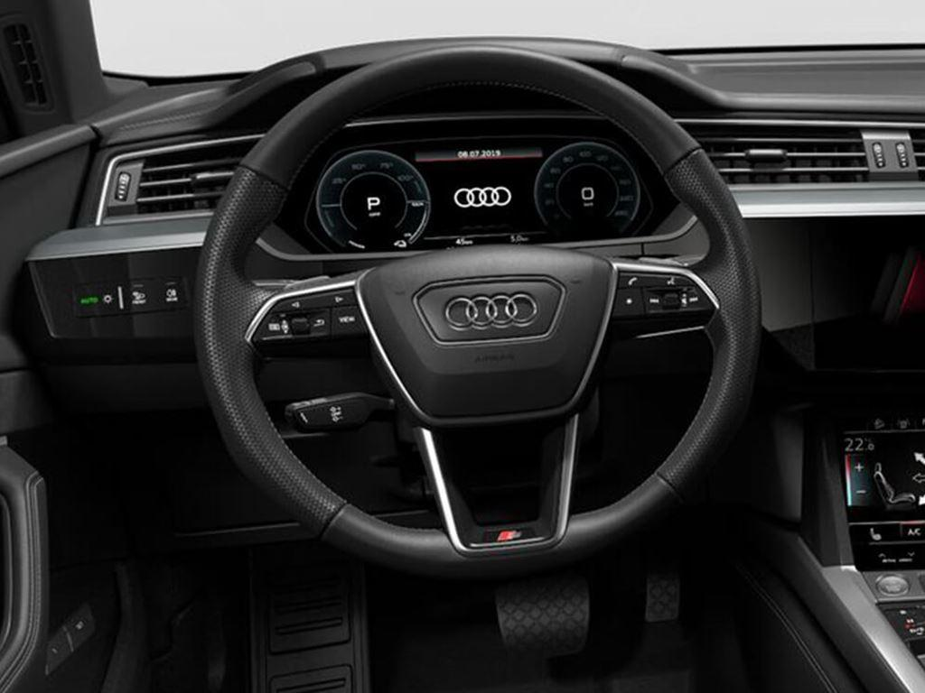 e-tron Sportback steering wheel