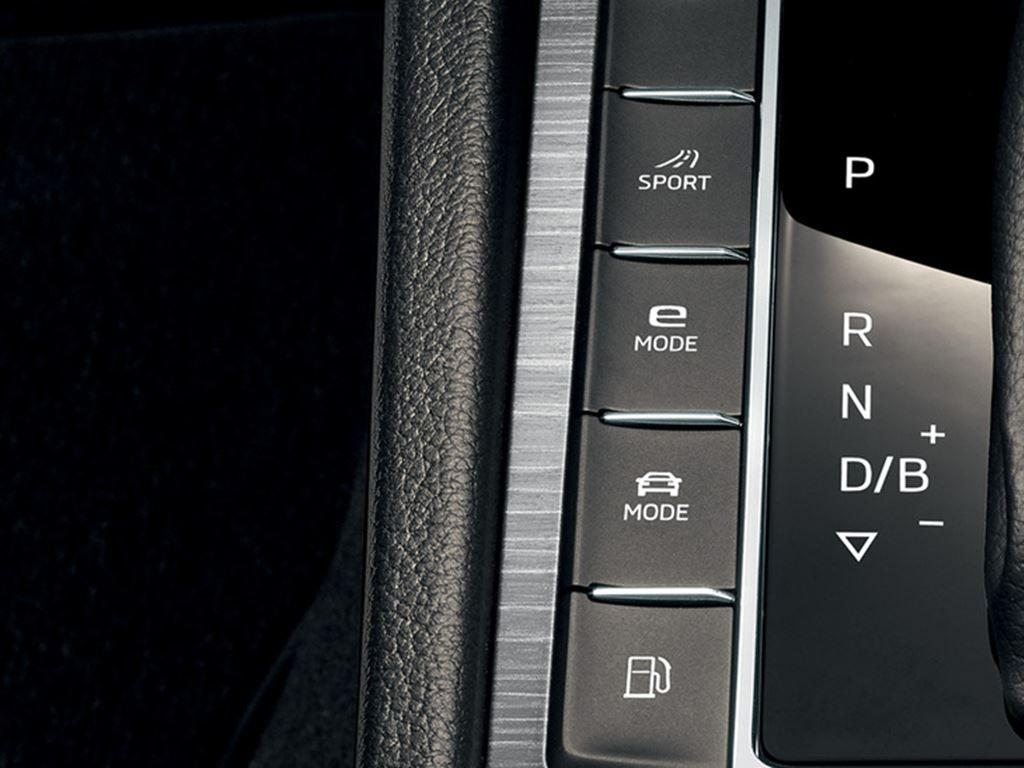 Superb iV Hatch Driving Modes