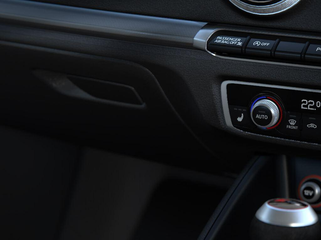 RS 3 Saloon Climate Control