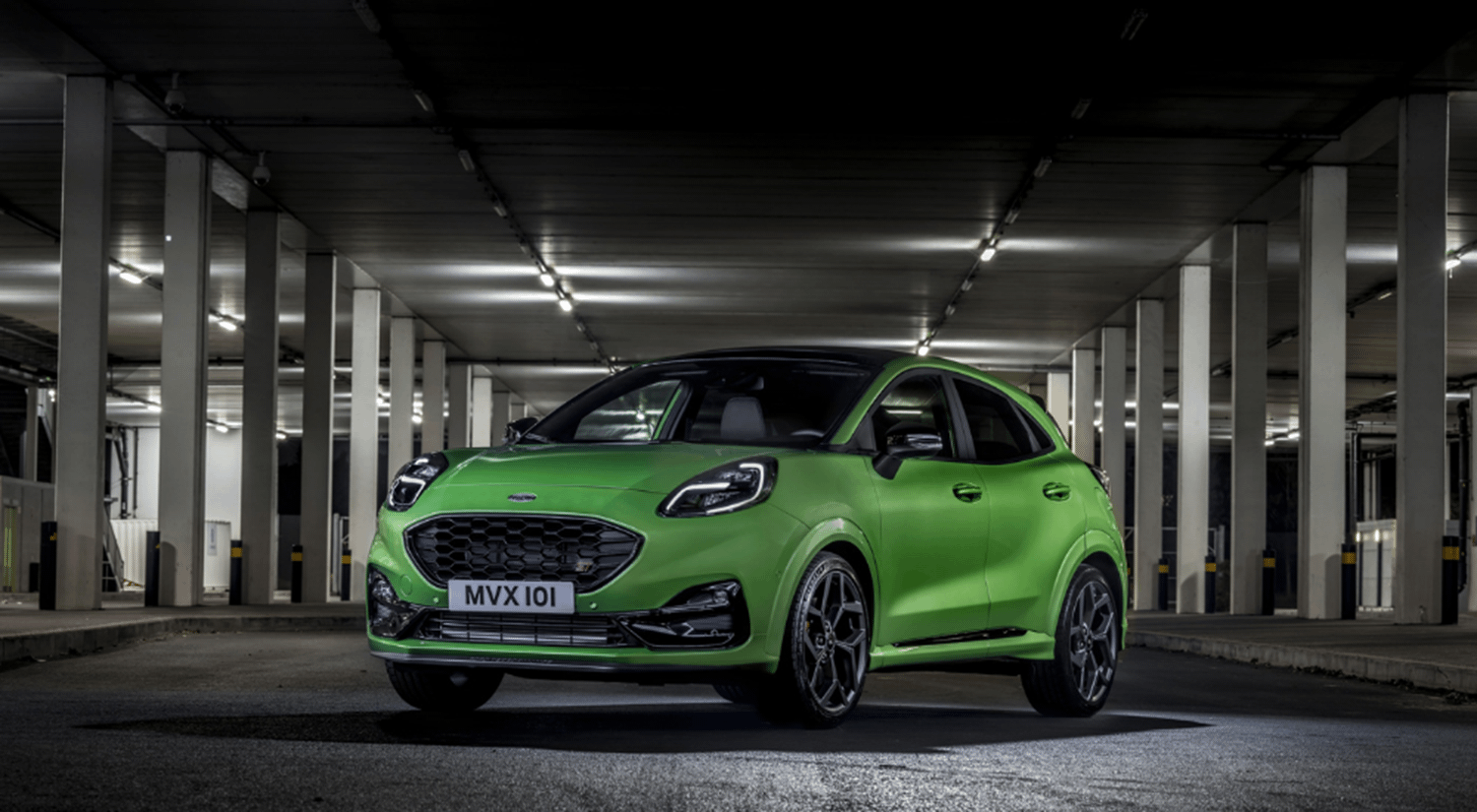 Ford Puma ST in Mean Green