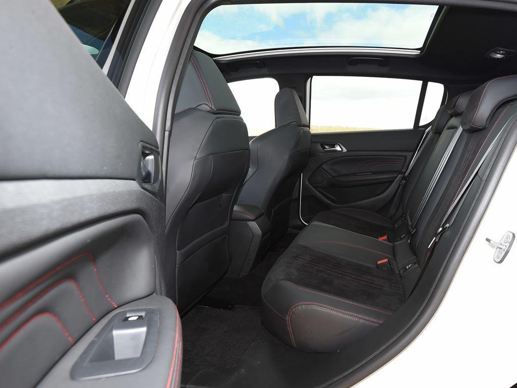 308 gti interior - startin Peugeot Redditch Worcester