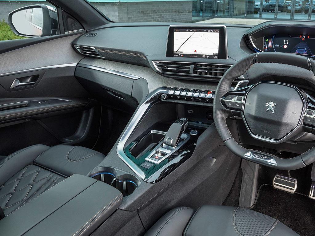 3008 gt line - startin Peugeot Redditch worcester interior
