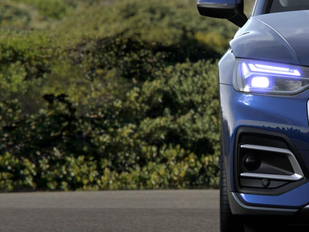 New Audi Q5 Front Grille and headlights