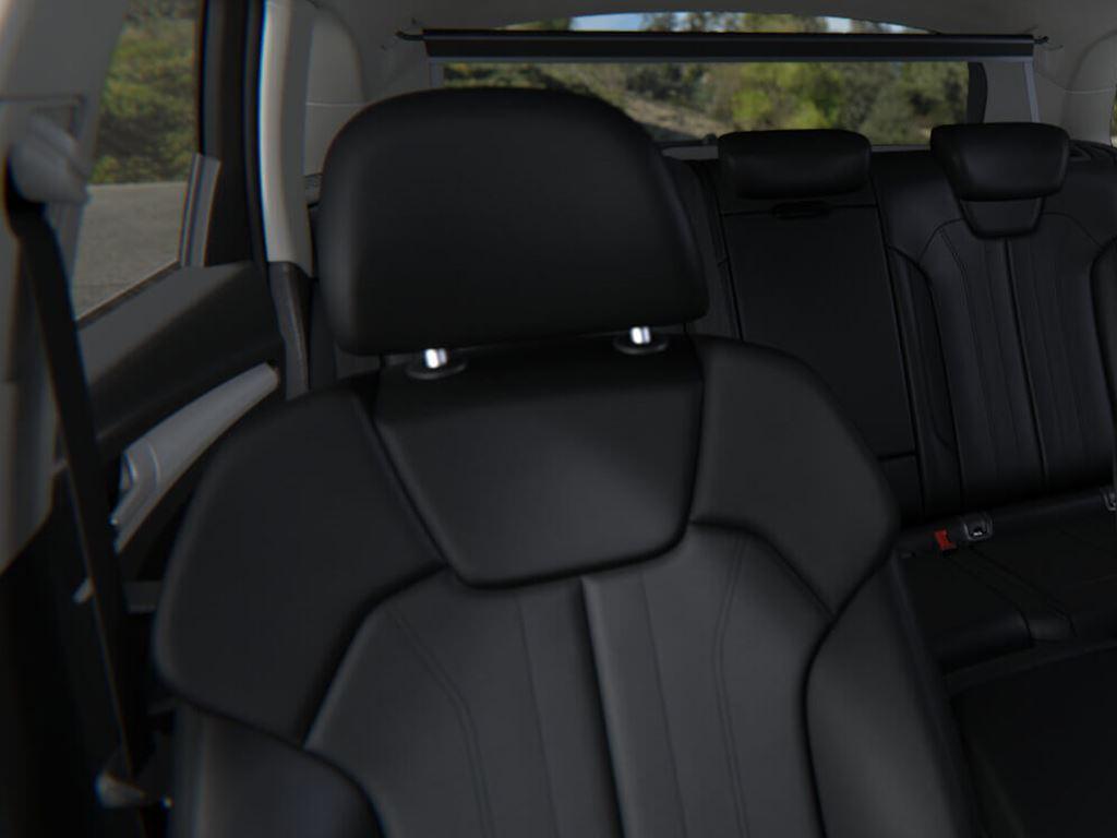 New Q5 Interior Seats