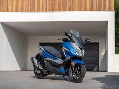 Honda Motorcycles - NSS350 Forza