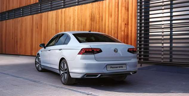 https://bluesky-cogcms.cdn.imgeng.in/media/59515/new_cars-passat_gte-exterior-4_3-2500x1865.jpg