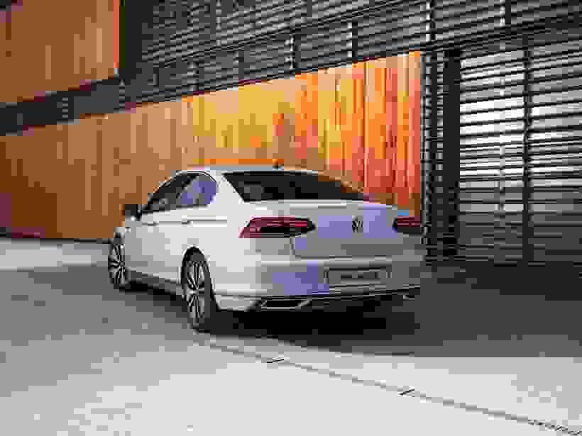 New Passat GTE