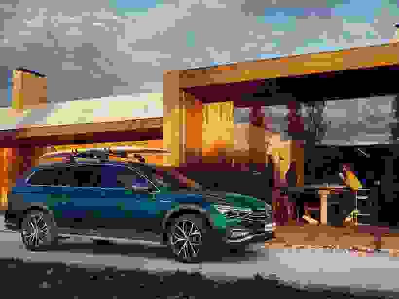 New Passat Estate GTE
