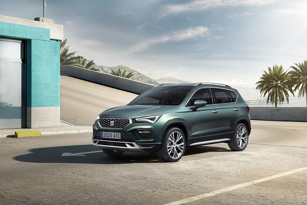 SEAT Ateca in dark green parked in a car park