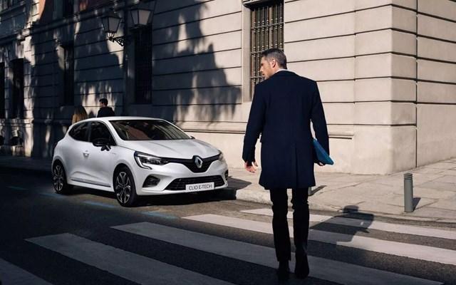 Renault Clio E-Tech Offer