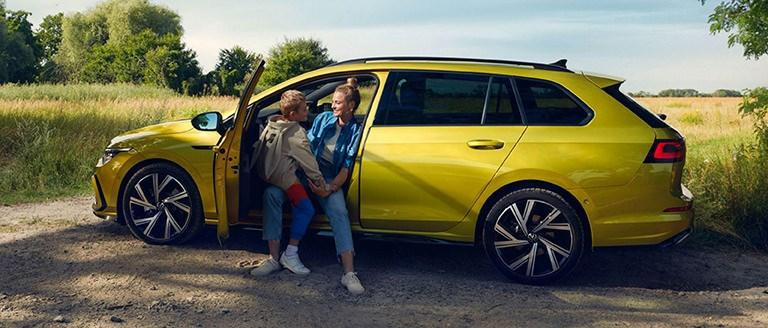 Volkswagen Golf Estate 8 Business Offer