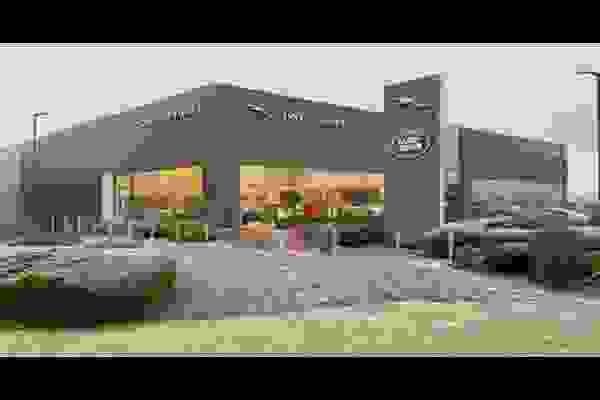 Showrooms back open as of April 12th & Looking After Our Customers Throughout Covid.