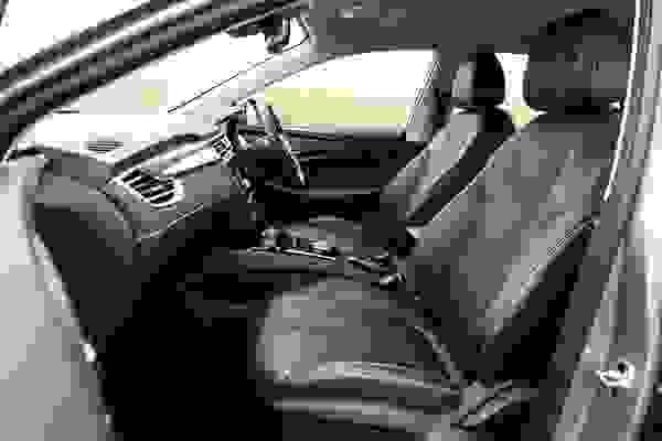 MG5 EV