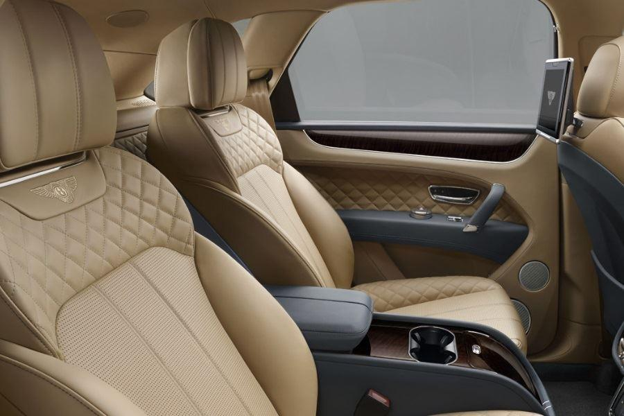 inside of bentley bentayga