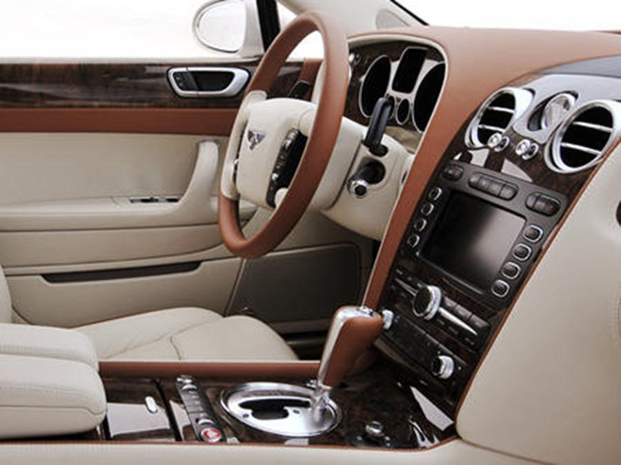 inside of bentley continental flying spur