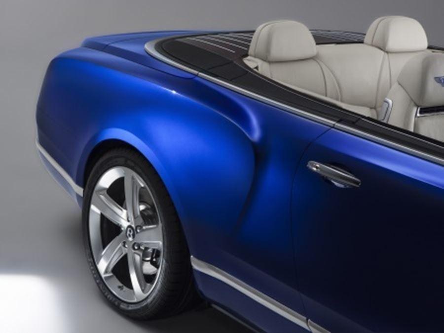 wheel of bentley grand convertible