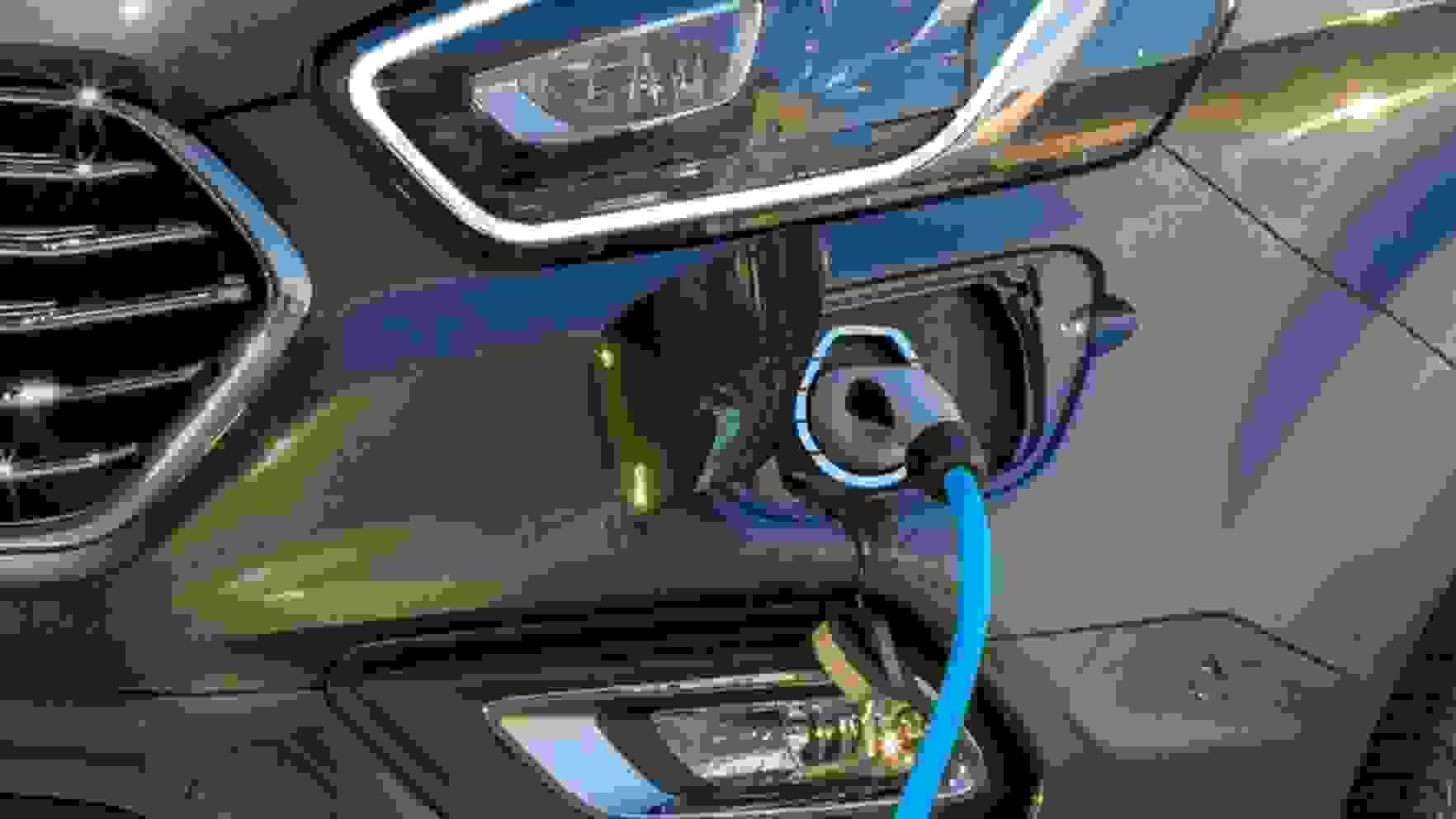 Tourneo Custom Plug-In Hybrid