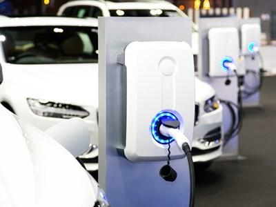 More than 100 new charging points to be installed across Warwickshire