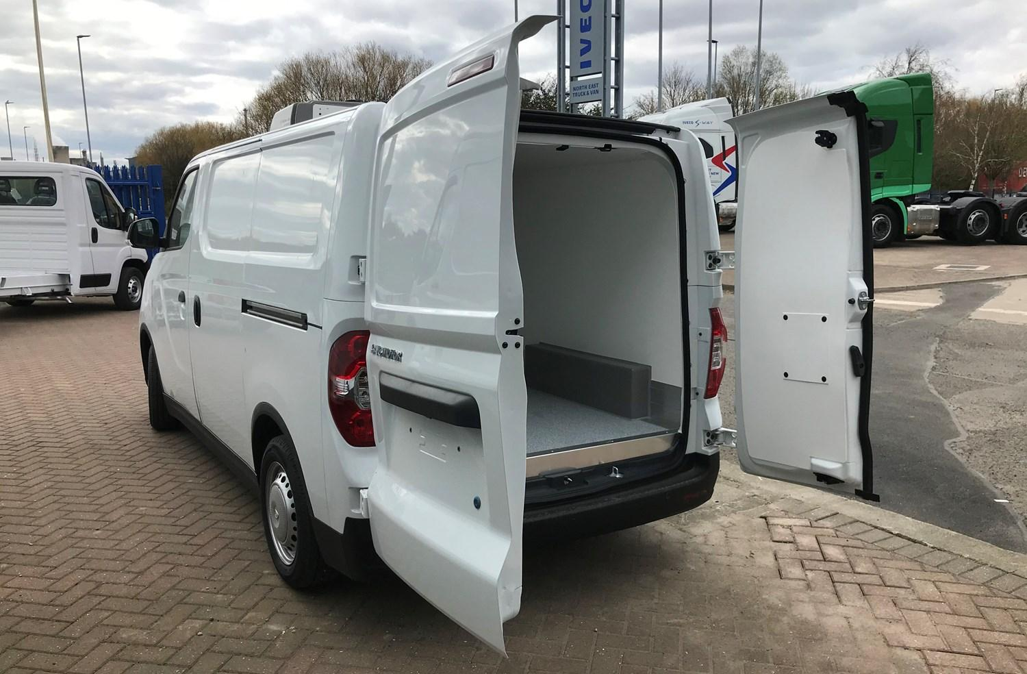 Maxus e Deliver 3 Fridge Unit