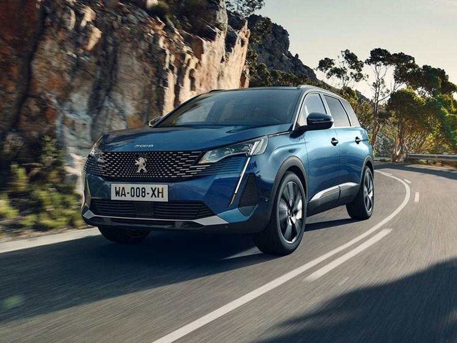Peugeot 5008 SUV Active Premium 1.2L PureTech 130 S&S 6-speed manual
