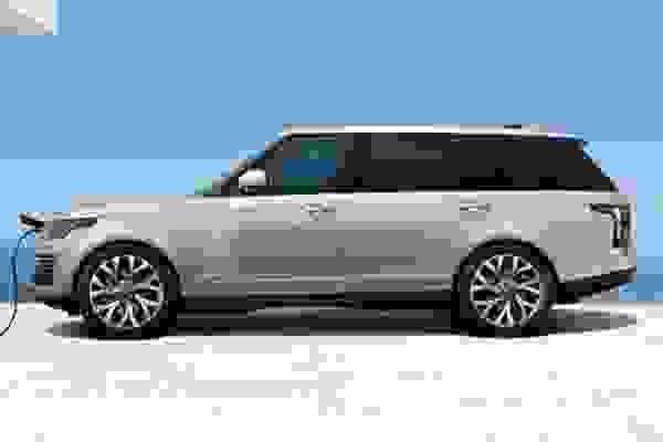 https://bluesky-cogcms.cdn.imgeng.in/media/81837/phev-range-rover.jpg