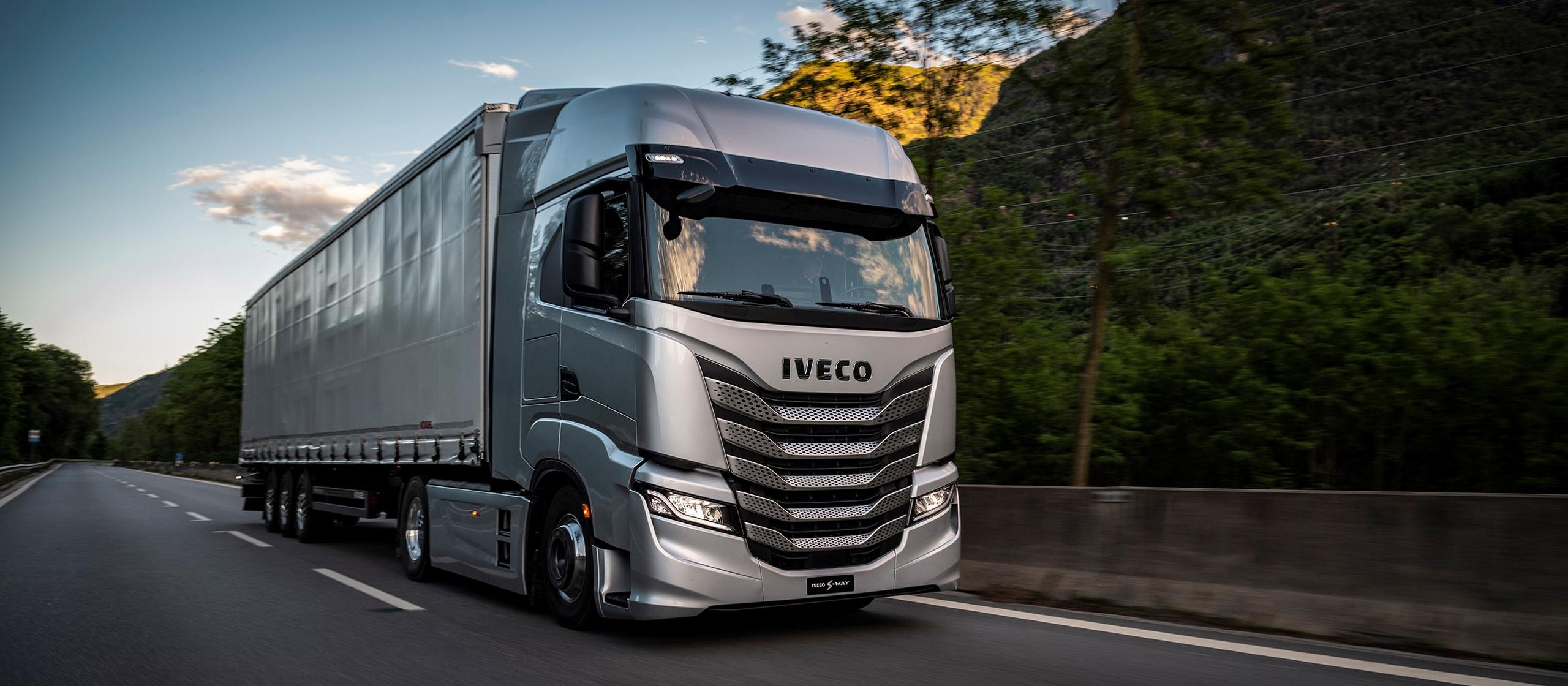 New IVECO S-WAY - 100% connected truck