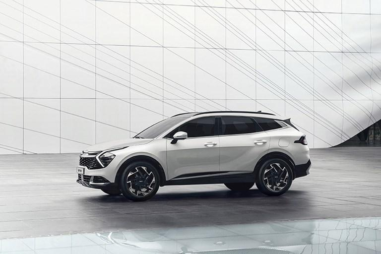 THE ALL-NEW KIA SPORTAGE SETS NEW STANDARDS WITH INSPIRING SUV DESIGN