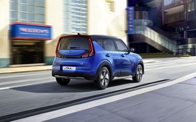 Kia Soul EV First Edition 64kWh £249 Per Month + VAT